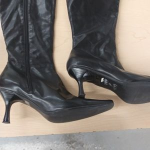 Shoes - Black high-heel stiletto Boots size 7.5 check pics